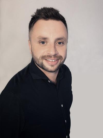 CSHARK Software Engineer Dawid Marniok